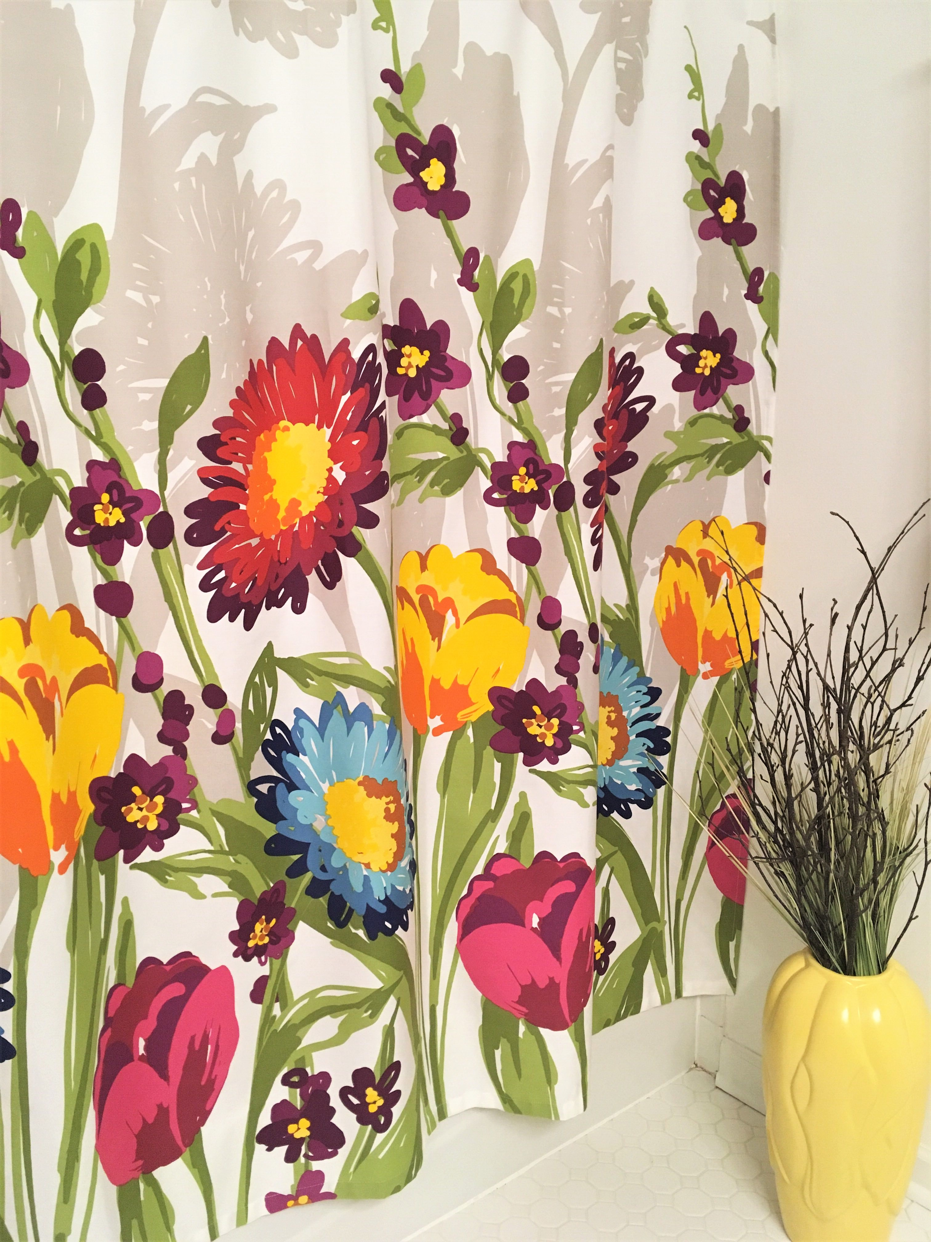 Ideas on how you can decorate your bathroom for the fall season.